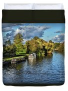 The River Thames At Wallingford Duvet Cover