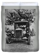 Tin Lizzy - Ford Model T Duvet Cover by Bill Cannon