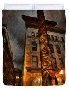 Totem In The City Duvet Cover