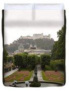 Tourists Enjoy A Rainy Day Duvet Cover