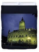 Town Hall At Night In Manchester Duvet Cover