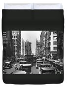 Traffic On Fifth Avenue Duvet Cover