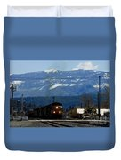 Train Entering Truckee California Duvet Cover
