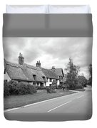 Travellers Delight - English Country Road Black And White Duvet Cover