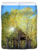 Truckee Shack Near Sunset During Early Autumn With Yellow And Green Leaves On The Trees Duvet Cover