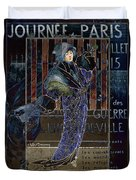 Une Valentine Parisienne Duvet Cover by Sarah Vernon