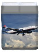 Us Airways A330-200 N280ay Duvet Cover