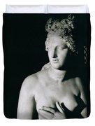 Venus Pudica  Duvet Cover