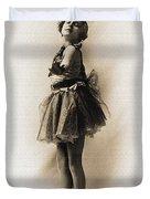 Vintage Ballet Dancer On Pointe Duvet Cover
