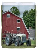 Vintage Ford Farm Tractor With Red Barn Duvet Cover