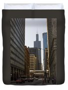 Walking In Chicago Duvet Cover