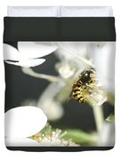 Wasp At Wotk Duvet Cover
