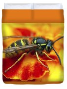 Wasp In The Bloom Duvet Cover