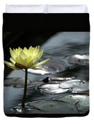 Water Lily And Silver Leaves Duvet Cover