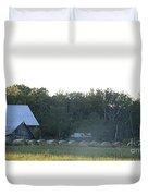 Weathered Barn And Hay Bales  Duvet Cover