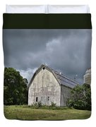 Weathered Barn And Silo Under A Cloudy Sky Duvet Cover