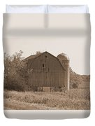 Weathered Wisconsin Barn In Sepia Duvet Cover