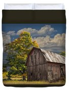 West Michigan Barn In Autumn Duvet Cover