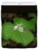 White Spring Trillium Duvet Cover