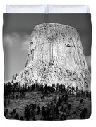 Wyoming Devils Tower National Monument With Climbers Bw Duvet Cover