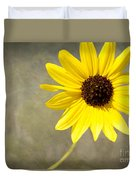 Yellow Daisy By Darrell Hutto Duvet Cover