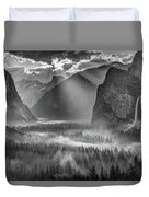 Yosemite Morning Sun Rays Duvet Cover