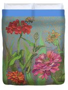 Zinnias With Bee Duvet Cover