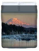 Sunset At Gig Harbor Marina With Mount Rainier In The Background Duvet Cover