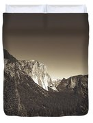Beautiful Yosemite Valley Duvet Cover