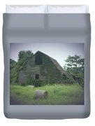 Abandoned Barn And Hay Roll 2018c Duvet Cover
