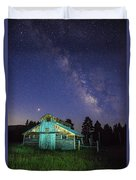 Barn In Rocky 2 Duvet Cover by Gary Lengyel
