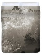 Elegant Coastal Splash Bermuda Duvet Cover