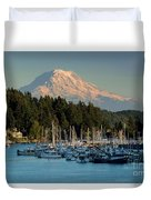 Gig Harbor Marina With Mount Rainier In The Background Duvet Cover