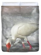 Ibis And A Tinted Sea Duvet Cover