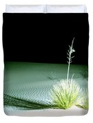 Illuminated Yucca At Night In White Sands National Monument, New Mexico - Newm500 00108 Duvet Cover