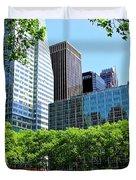 Lunch Break In Manhattan Duvet Cover