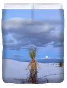 Moon And Soaptree Yucca, White Sands Duvet Cover