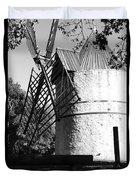 Moulin De Paillas Duvet Cover