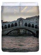Rialto  Bridge At Sunrise Duvet Cover