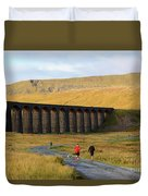 Ribblehead Viaduct In Late Autumn North Yorkshire Duvet Cover