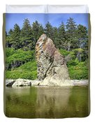 Sea Stack At Ruby Beach  Duvet Cover