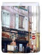Un Artiste A La Place Du Tertre Paris. Duvet Cover