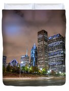 View Of Chicago Skyscrappers With Busy Street In The Foreground Duvet Cover