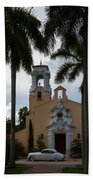 Congregational Church Of Coral Gables Bath Towel