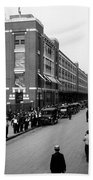 Ford Work Shift Change - Detroit 1916 Bath Towel