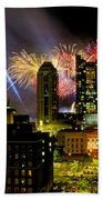21l334 Red White And Boom Fireworks Display Photo Bath Towel