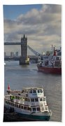 River Thames View Bath Towel
