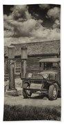 1927 Dodge Braham Bodie Ca Sepia Img 7299 Bath Towel
