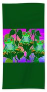3 Little Frogs On Leafs Bath Towel