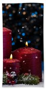 Three Red Candles In Snow  Bath Towel